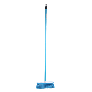 Clean N'Clear Broom with Stick