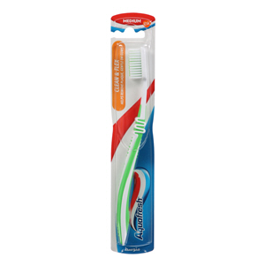 Aquafresh Clean & Flex Medium Toothbrush